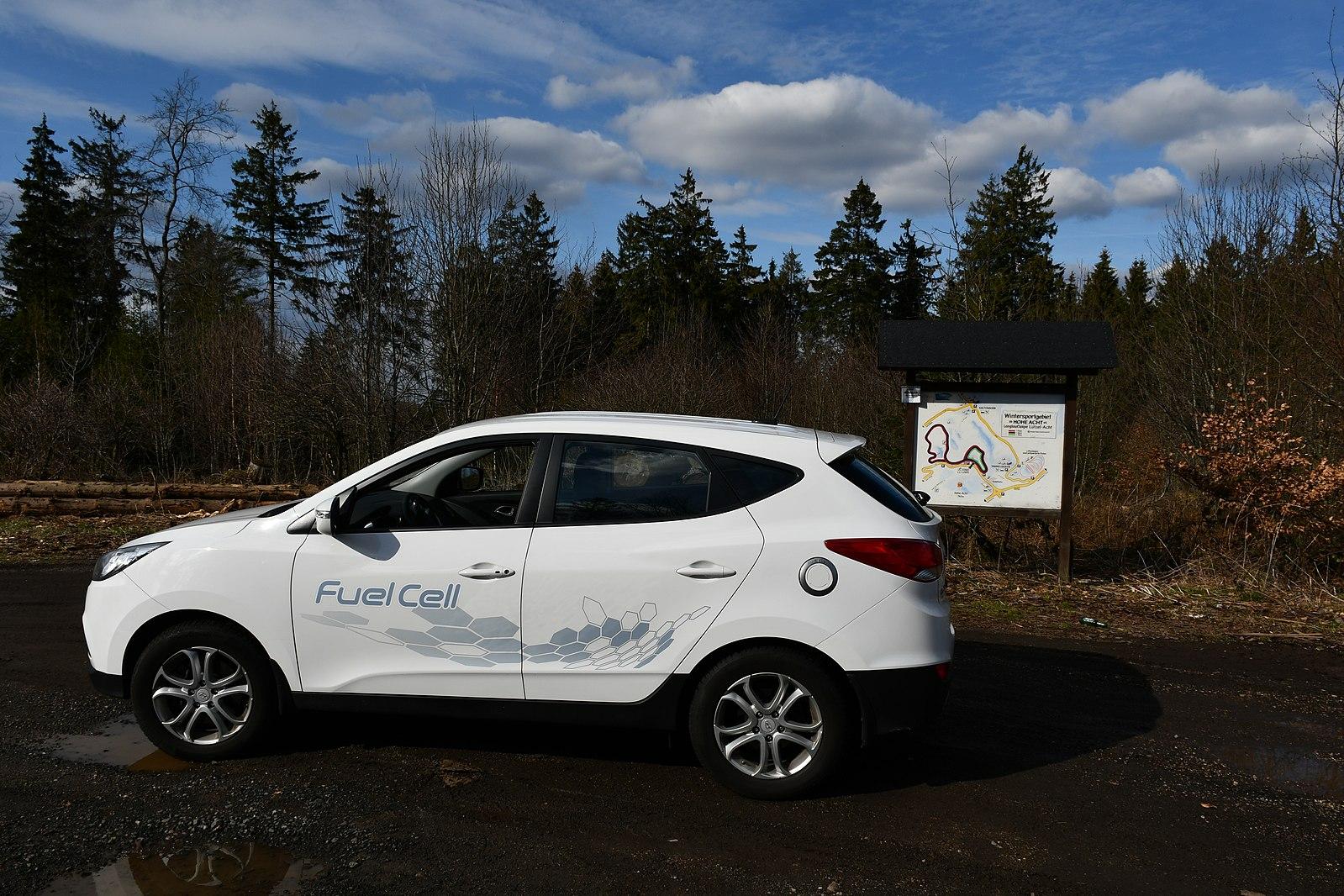 Hyundai_ix35_Fuel_Cell_Vehicle
