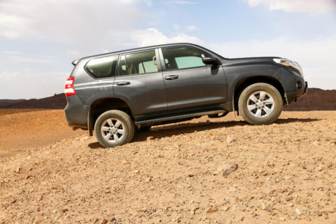 Off-road-suv-land-cruiser-toyota